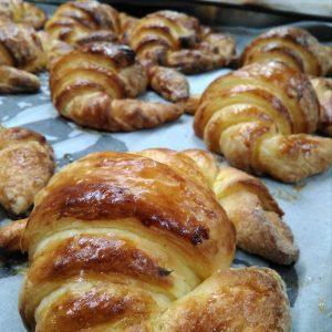 Croissant-sin_gluten-www.panaderiajmgarcia.com-panaderia-alicante